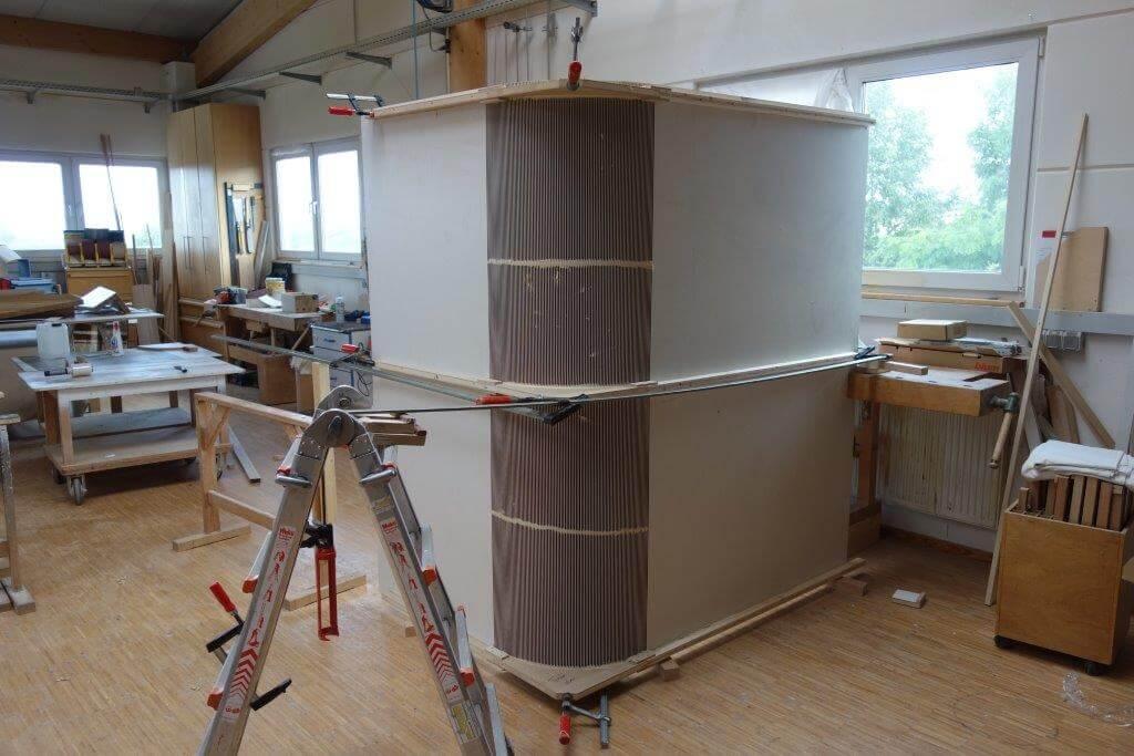 Fertigung von Türen, Treppen, Möbel und Küchen aus Holz in unserer Schreinerei